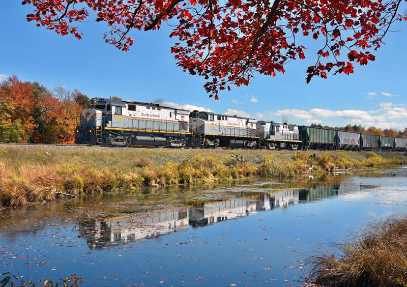 A Busy Fall in the Poconos: Railfans Flock to the AlcoEmpire